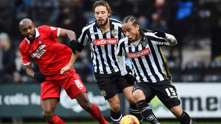 Curtis Thompson on the attack for Notts County against Leyton Orient