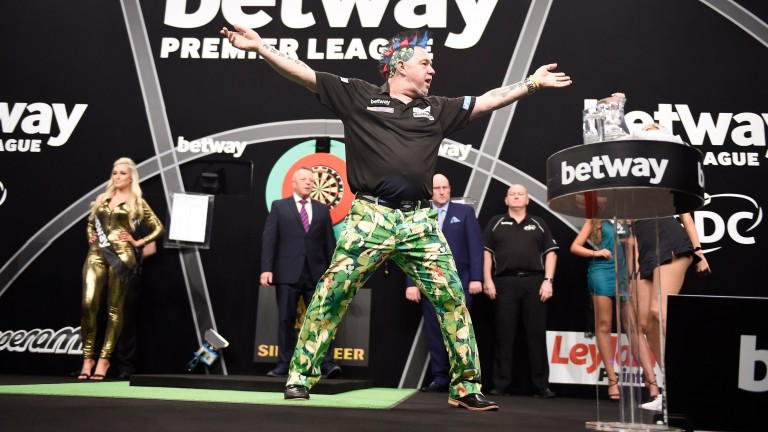 Peter Wright is fancied stop the Power again