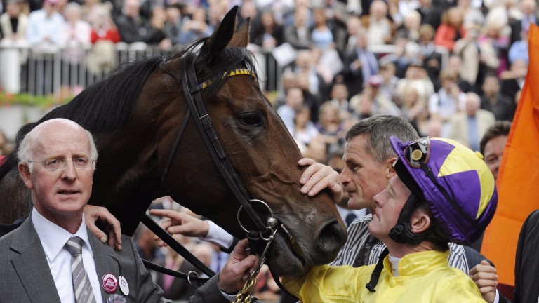 John Oxx with Mick Kinane and Sea The Stars, who won six successive Group 1s in 2009