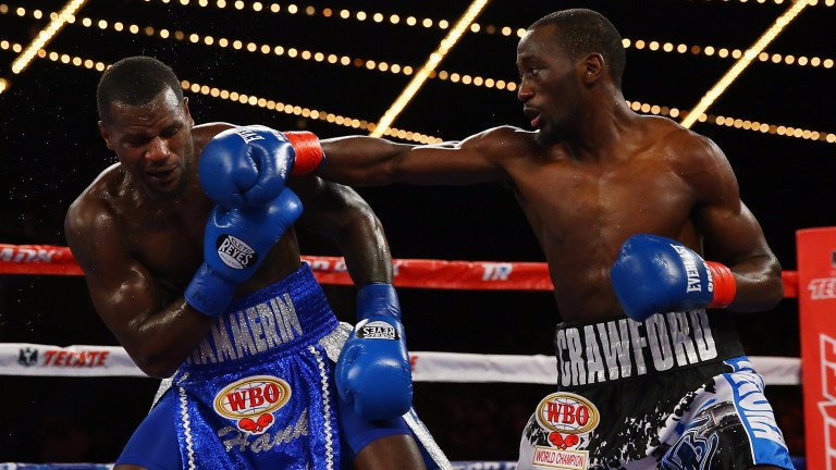Terence Crawford punches Henry Lundy