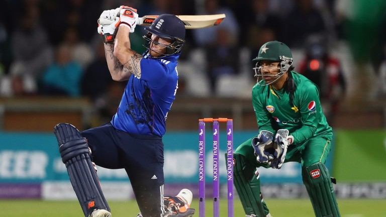 Ben Stokes finds the boundary