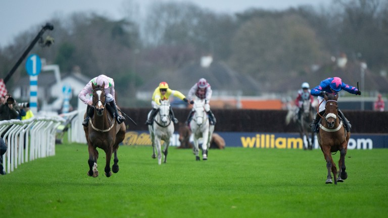 Vautour (left) finishes second to Cue Card (right) in last year's King George VI Chase at Kempton