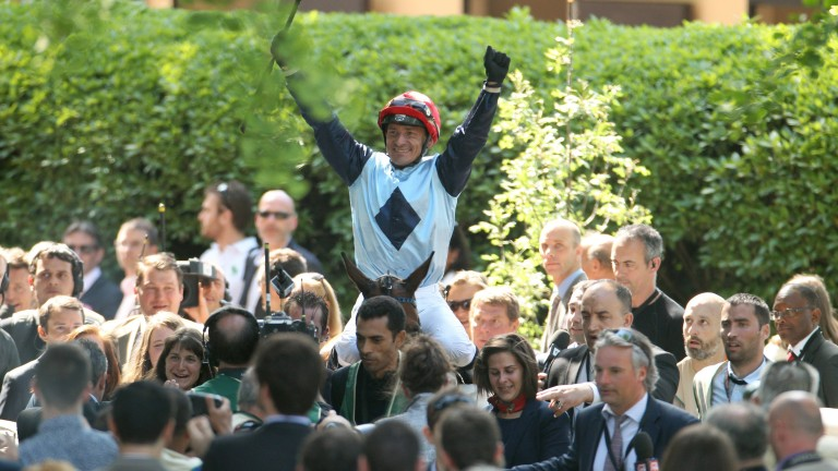 Jacques Ricou and Milord Thomas won the Grand Steeple-Chase de Paris in 2015