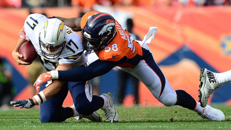 Denver linebacker Von Miller sacks San Diego's Philip Rivers