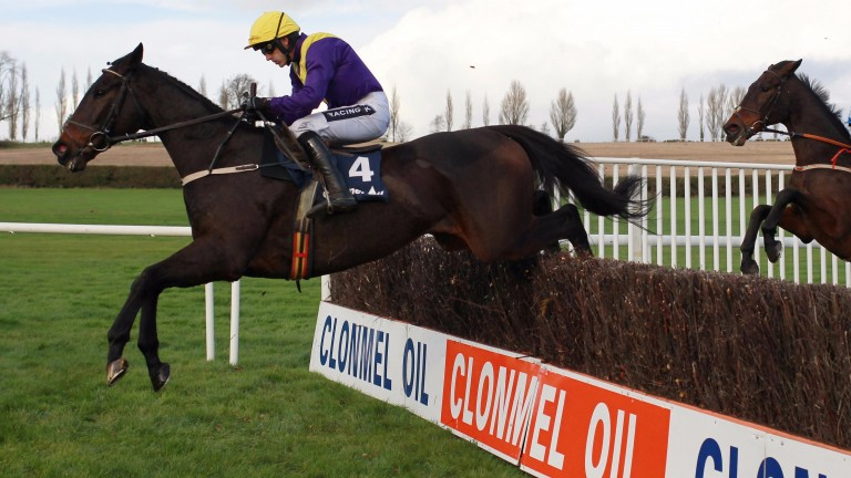 Alelchi Inois and Ruby Walsh on their way to victory in the prestigious Grade 2