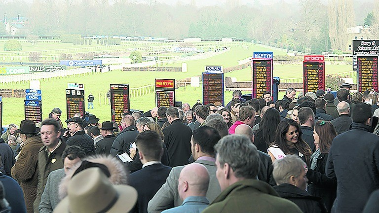 No problems with the weather are expected at Sandown