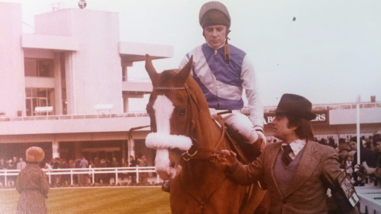 Bob Stevens leads Tingle Creek and Steve Smith Eccles around the paddock at Sandown