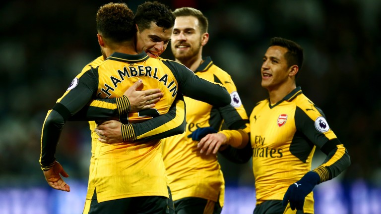 Arsenal celebrate during the victory against West Ham