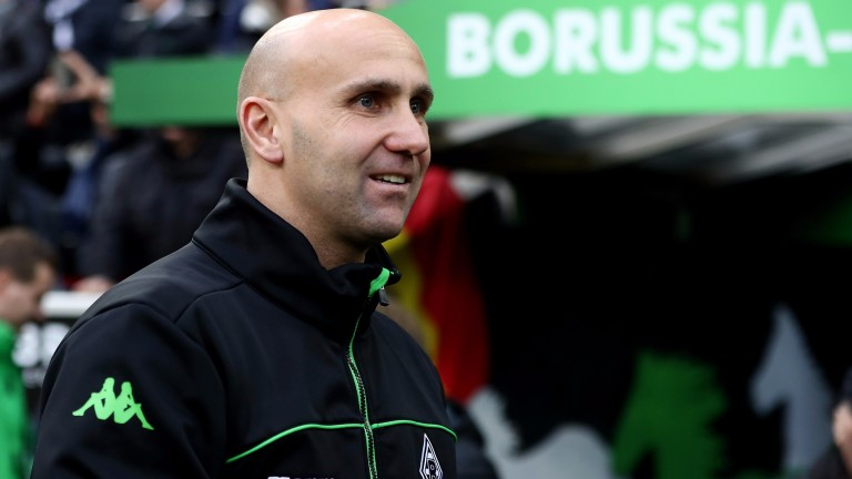 Monchengladbach head coach Andre Schubert