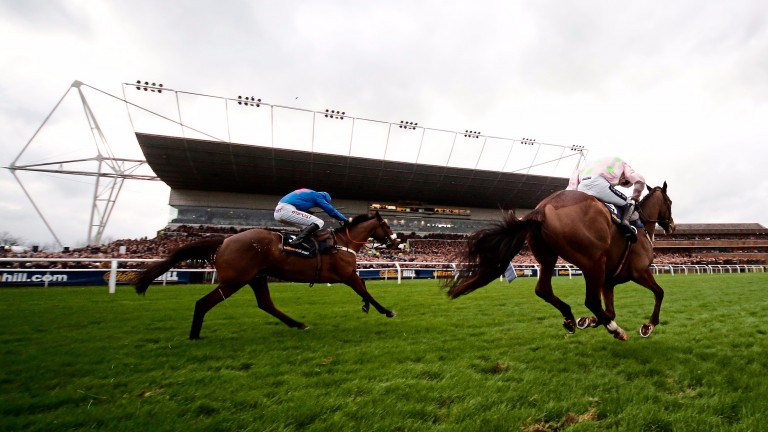 Punters will be chasing Scoop6 riches at Kempton and Warwick