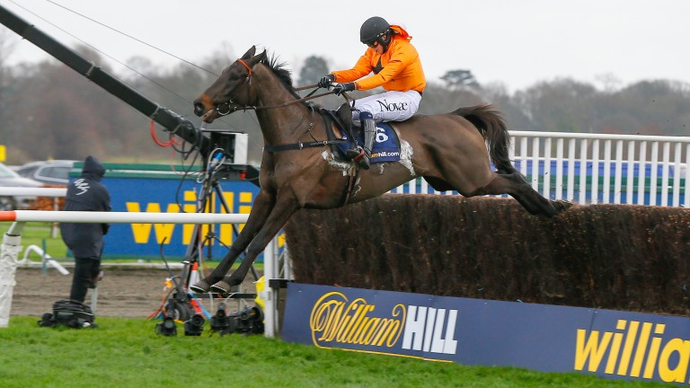 Tea For Two and Lizzie Kelly: flying the last in the Kauto Star a year ago