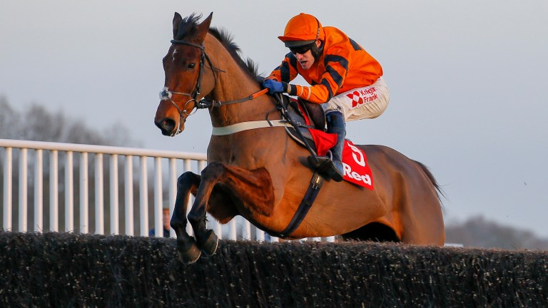 Another measured leap from Thistlecrack on his way to King George VI Chase success