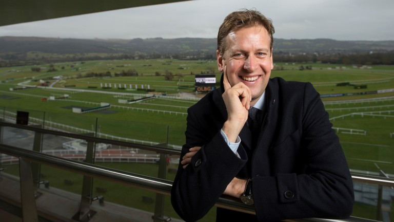 Ed Chamberlin will present the first ITV racing show in over 30 years at Cheltenham on Sunday
