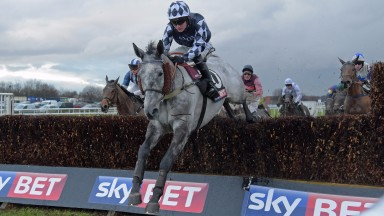 Ziga Boy and Tom Bellamy win the Sky Bet Chase at Doncaster