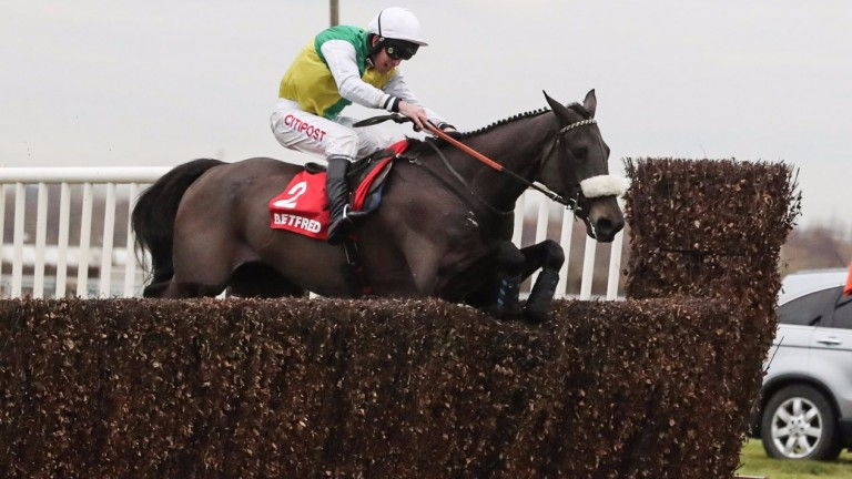Many Clouds winning at Aintree last month