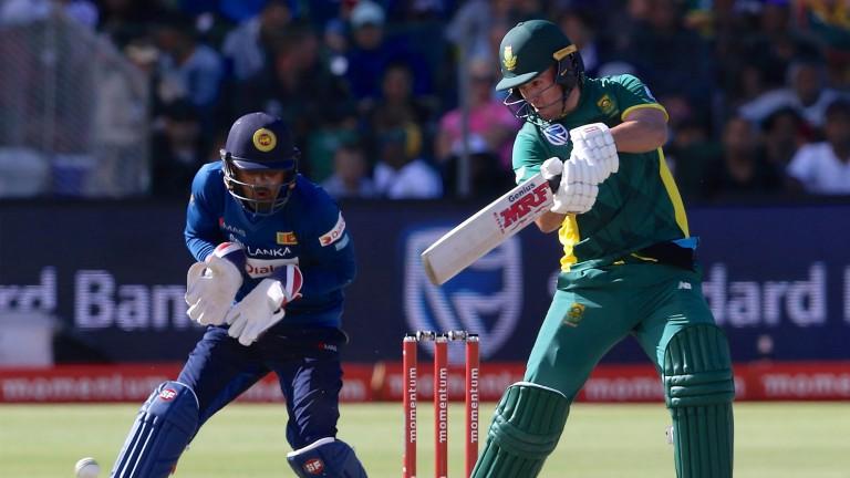 AB de Villiers plays a cut shot in the first ODI in Port Elizabeth