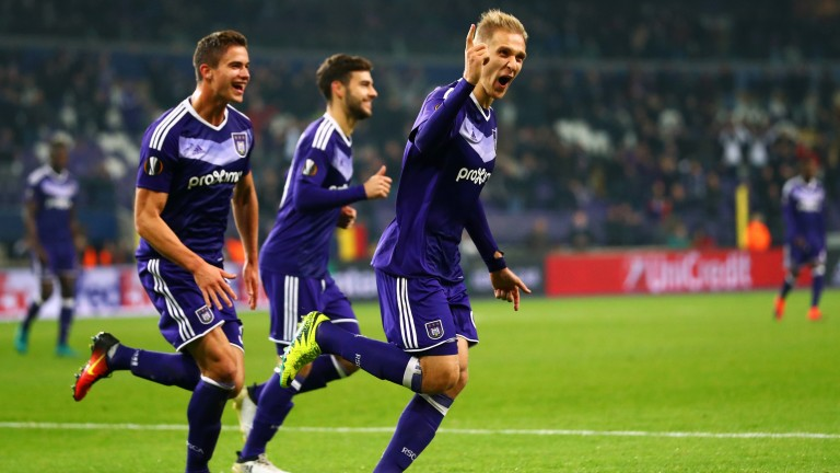 Anderlecht celebrate a Lukasz Teodorczyk goal against Mainz in the Europa League