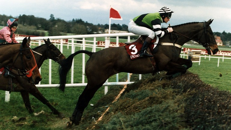 Mark Dwyer and Jodami en route to victory in the Irish Hennessy