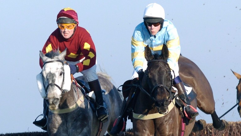 MENS OPEN WINNER FULL MINTY (GUY DISNEY), RIGHT, RACES WITH  KHALADJISTAN (JAMES HANDLEY) AT COTTENHAM POINT TO POINT RACES ON THE FIRST DAY OF THE 2006 SEASON 2JAN06 COPYRIGHT PIC; JOHN BEASLEY 01202 309489. 30 THISTLEBARROW RD BOURNEMOUTH BH7 7AL