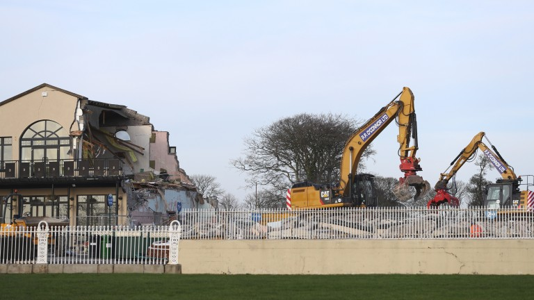 Curragh: attendance limit of 6,000 while redevelopment takes place