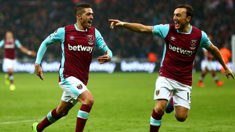 West Ham's Manuel Lanzini (left) celebrates with Mark Noble
