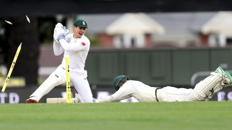 Quinton de Kock should star with both bat and gloves