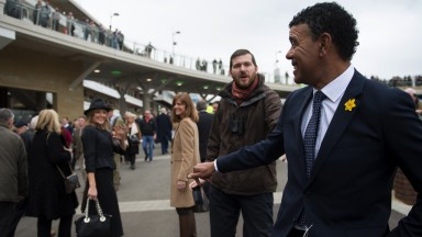 Kammy do it: former footballer Chris Kamara attracts some attention on course