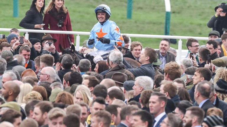 Ruby Walsh, on Un De Sceaux, is head and shoulders above the rest, as he was in the race