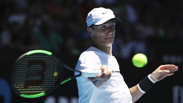 Andrey Kuznetsov beat Denis Istomin in his opening match