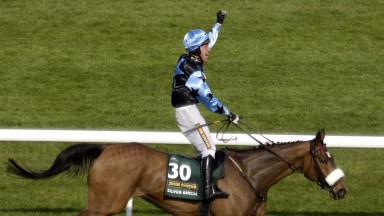 Aintree 14.4.07 Picture:Edward WhitakerSilver Birch(Robbie Power,right) wins The Grand National