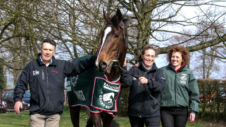 Peter Scudamore, groom Jaimie Duff and Lucinda Russell take a stroll with One For Arthur