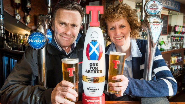 Lucinda Russell and Peter Scudamore with commemorative lager tap