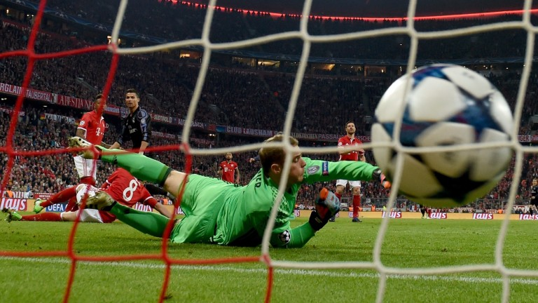 Cristiano Ronaldo equalises in the first leg