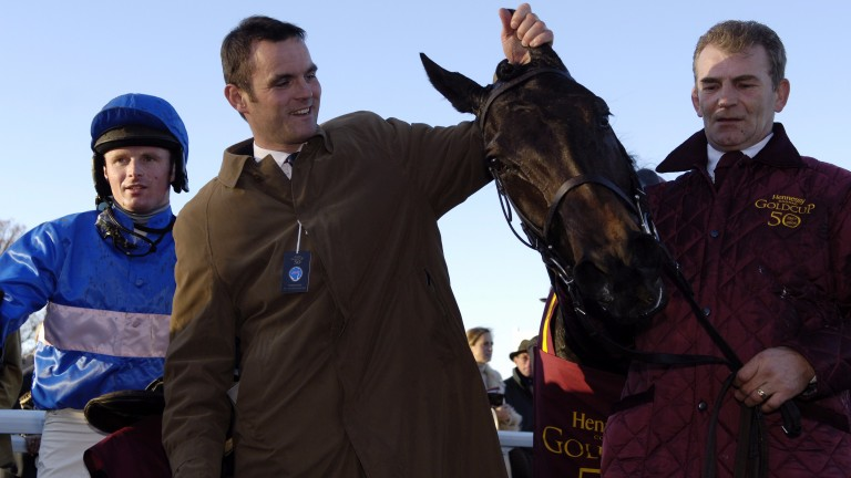 Paul Moloney (left) and Evan Williams after State Of Play's Hennessy win in 2006