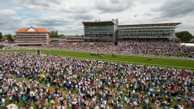 A massive crowd on the first Ebor Saturday watch Doncaster Rovers win the 7f listed raceYork 20.8.11 Pic:Edward Whitaker