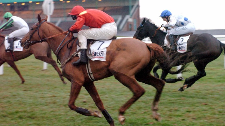 Brian Harding wins the Fighting Fifth Hurdle at Newcastle on The French Furze in 2003