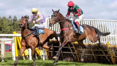 Classical Milano (near side under Jonathon Bewley) wins at Hexham from Victoria Says