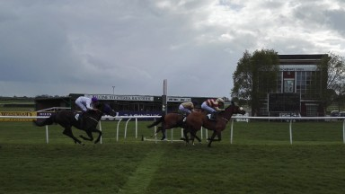 The Ruth Carr-trained Tanawar gets up late under Josh Doyle in the apprentice handicap at Catterick