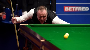 John Higgins has his eyes on the prize in Sheffield
