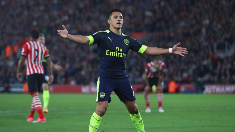 Alexis Sanchez celebrates Arsenal's opener at Southampton