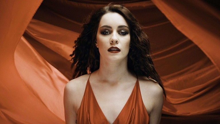 Lucie Jones will represent United Kingdom is in this year's Eurovision