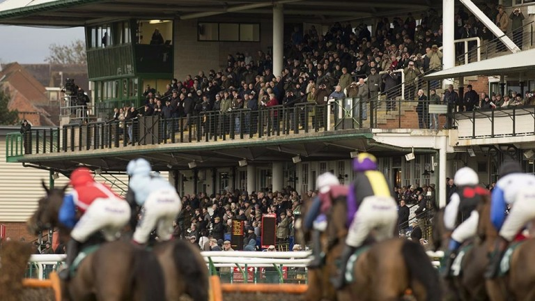 Warwick: Kalashnikov is the star attraction at the Midlands track