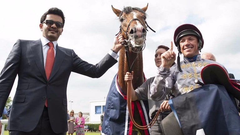 Sheikh Joaan Al Thani and Frankie Dettori with 2014 Lockinge winner Olympic Glory