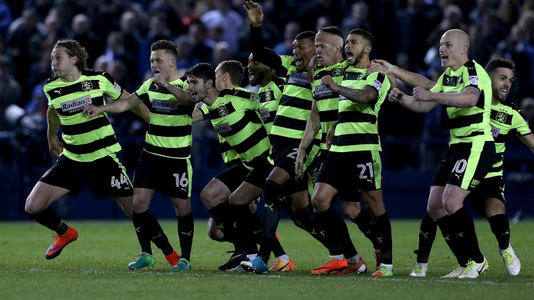 Huddersfield beat Sheffield Wednesday on penalties in their playoff semi-final