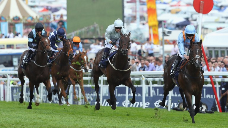 De Bruyne Horse comes clear to land the Woodcote at Epsom