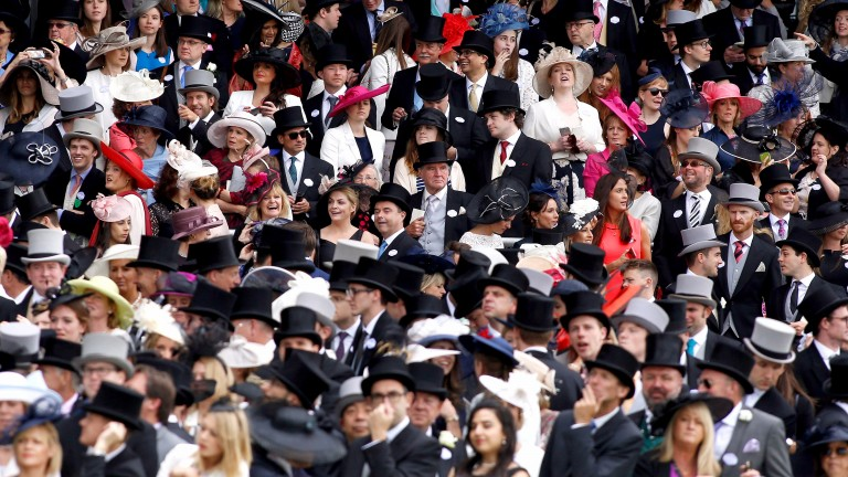 ASCOT, ENGLAND - JUNE 18: Part of the crowd watch the carriage procession during Day Five of Royal Ascot at Ascot Racecourse on June 18, 2016 in Ascot, England. (Photo by Julian Herbert/Getty Images)