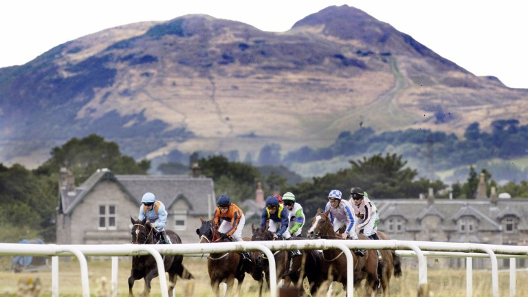 Musselburgh: the stage is set for the first leg of the Sunday Series