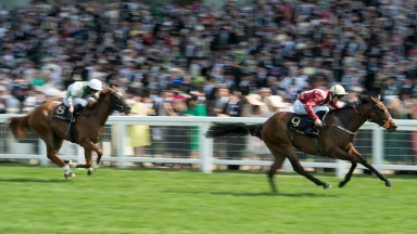 Heartache beats Happy Like A Fool in the Queen Mary Stakes