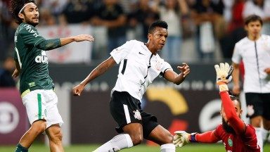Jo has scored five goals this season for Corinthians