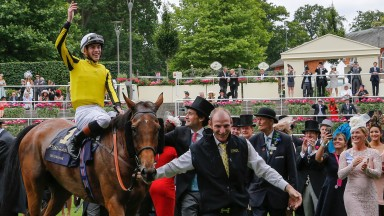 Twyron Lloyd-Jones brings Big Orange back to a rapturous reception after his Gold Cup win